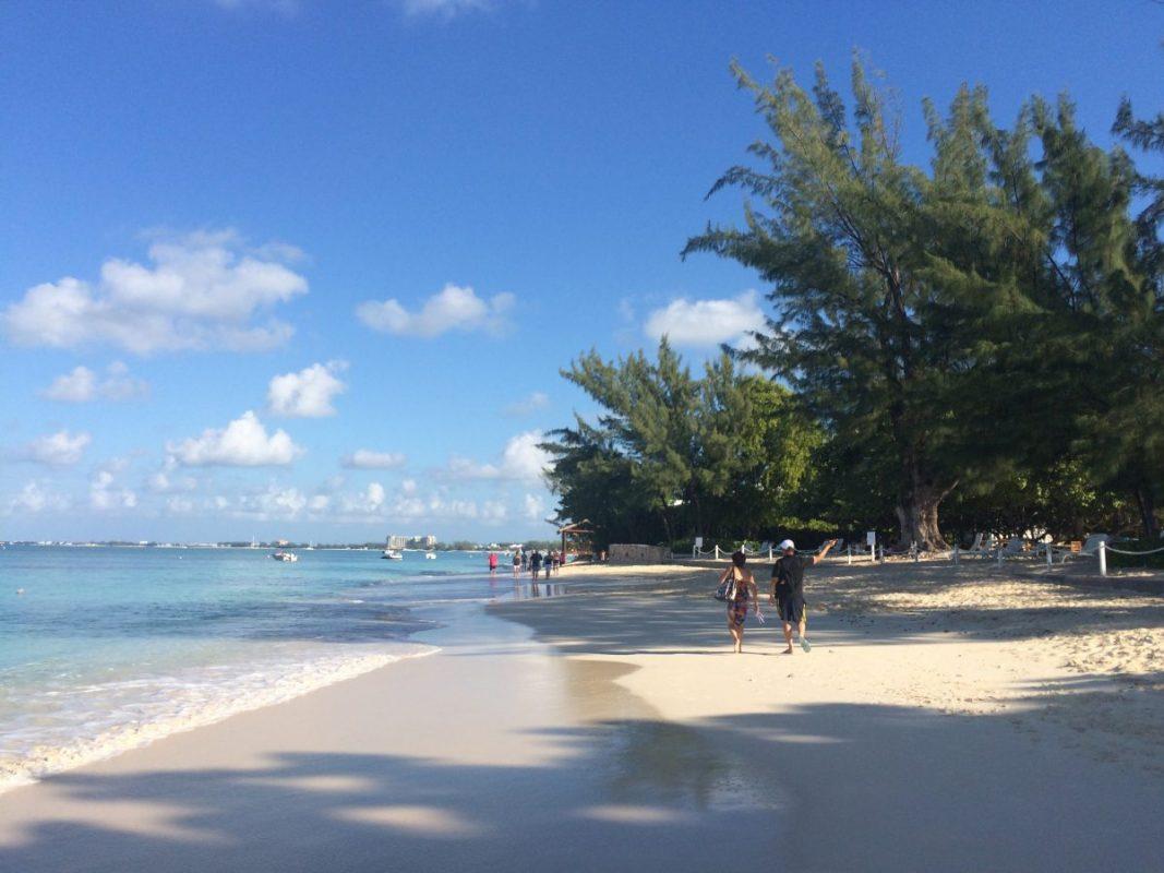 Seven Mile Beach Karibik Kreuzfahrt