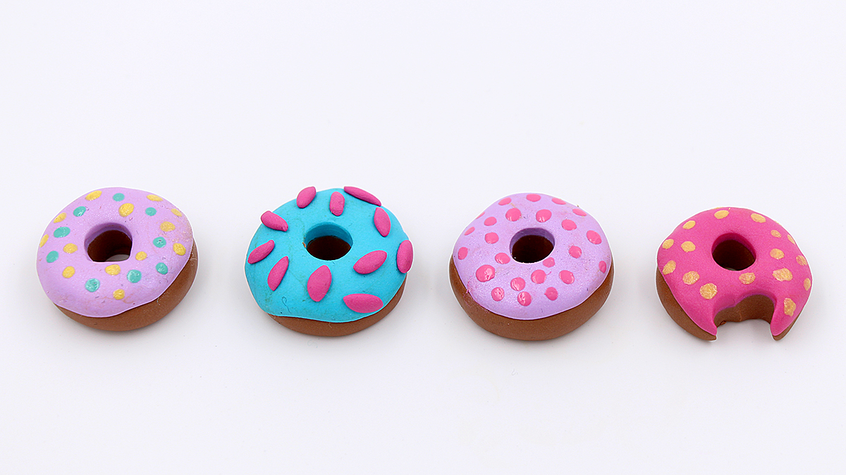 schmuck aus fimo donuts selber machen diy anleitung happy dings happiness diy blog. Black Bedroom Furniture Sets. Home Design Ideas