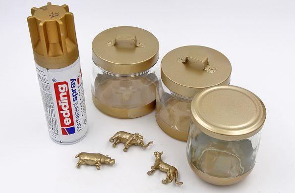 DIY Gläser upcyceln Goldspray