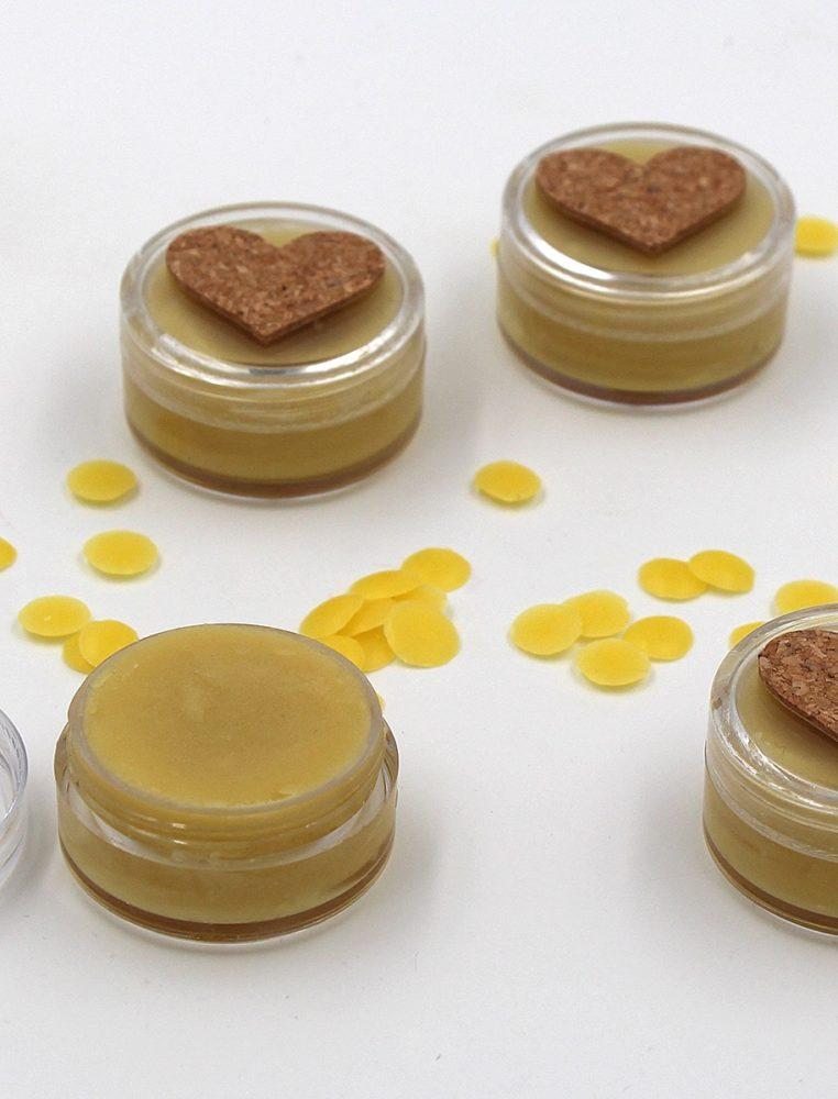 Selbst gemachter Lippenbalsam Bienenwachs