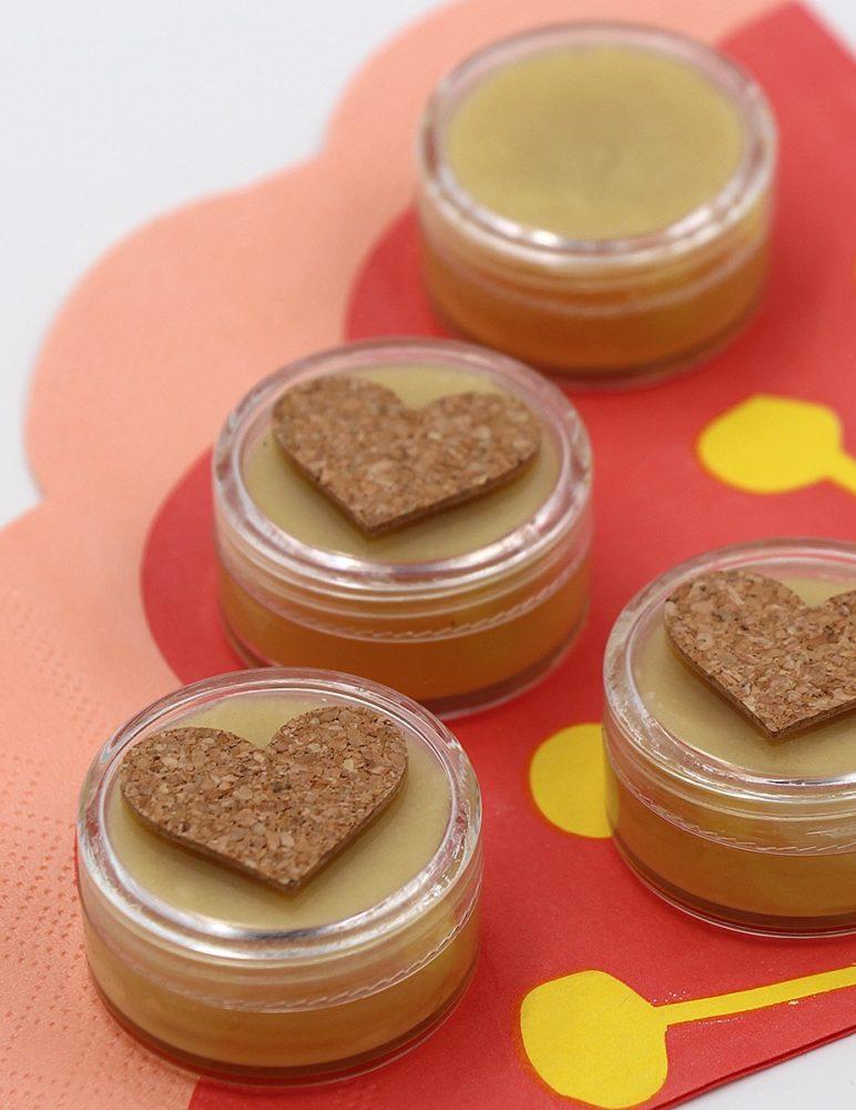 Lippenbalsam mit Minze und Honig