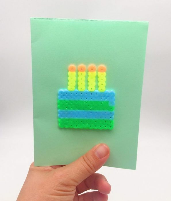 Geburtstagskarten mit Bügelperlen Vorlagen selber machen Kuchen