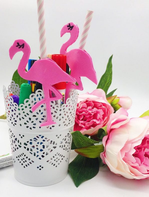 drei einfache bastelideen mit flamingos. Black Bedroom Furniture Sets. Home Design Ideas