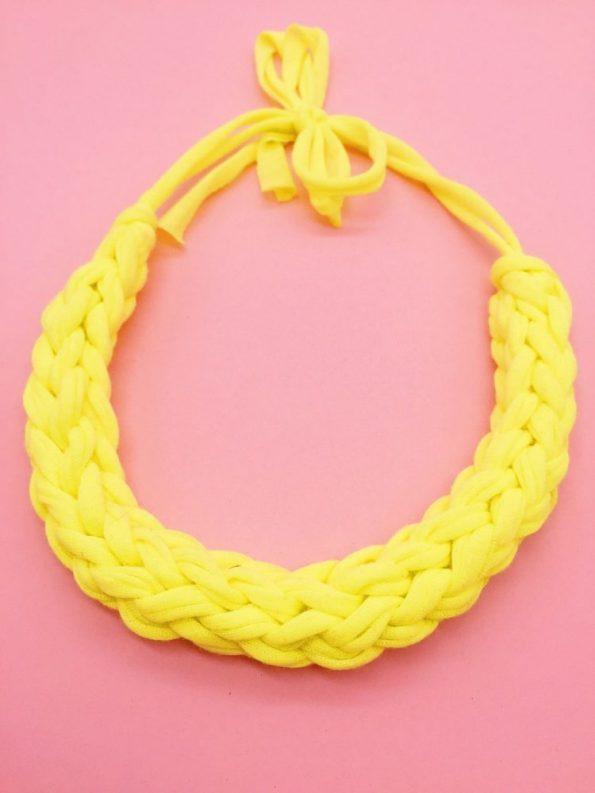DIY Ideen Statement Kette knoten mit Textilgarn gelb