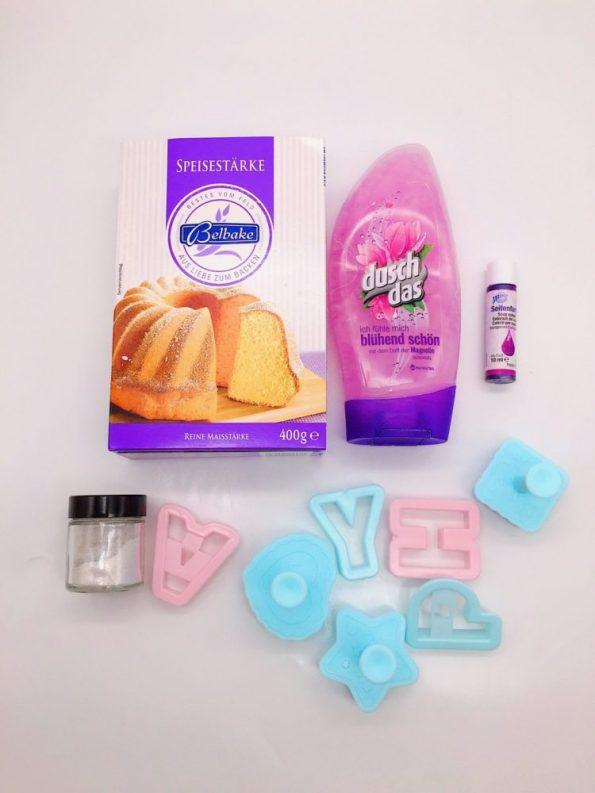 DIY Ideen: Knetseife selber machen mit Duschgel und Speisestärke