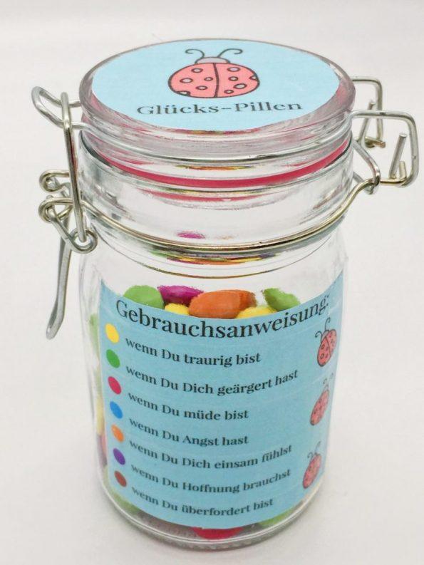 Kreative Geschenke für Kinder und Erwachsene Glückspillen im Glas