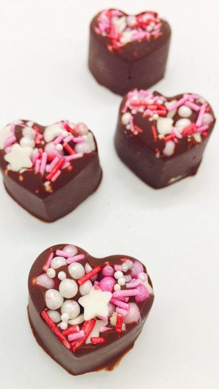 Lecker: Schokoladen Herzen selber machen