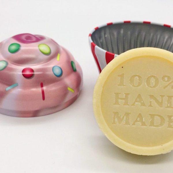 Feste Handcreme selber machen und in Cupcake Dose verschenken