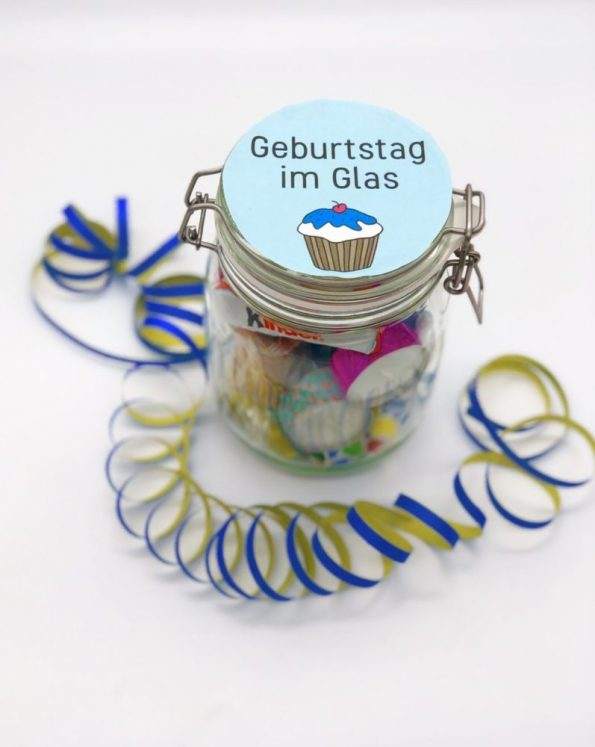 Schöne DIY Geschenkideen - Geburtstag im Glas verschenken