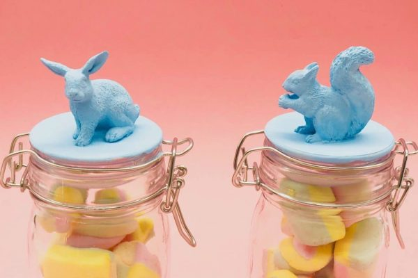 Ostergeschenke basteln - Gläser mit Gummitieren