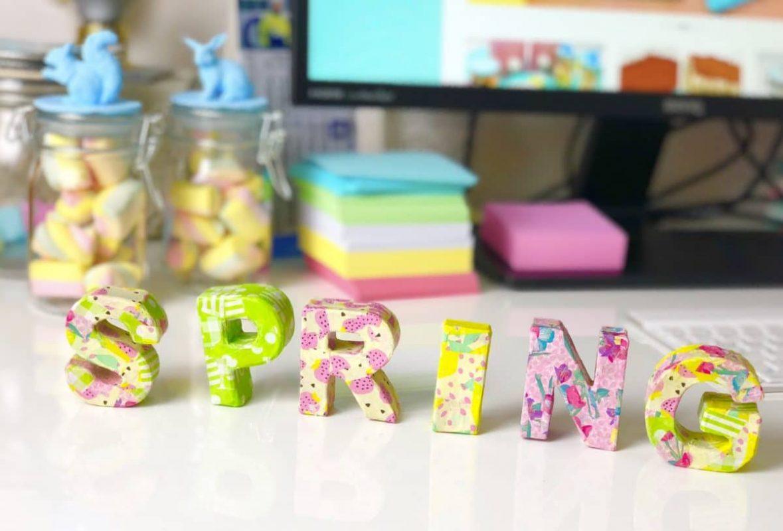 Frühlingsdeko basteln mit Buchstaben aus Pappe