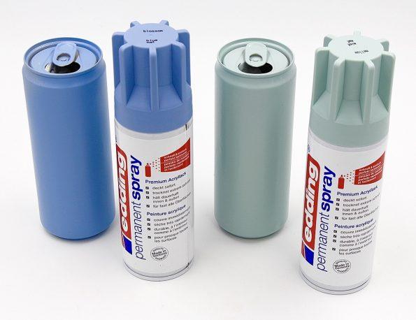 OSterdeko selber machen: Dosen erst mit Grundierungs- und dann mit Farb-Spray Eurer Wahl besprühen