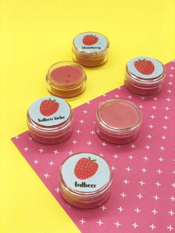 Basteln für den Sommer - Erdbeeren Lippenbalsam selber machen