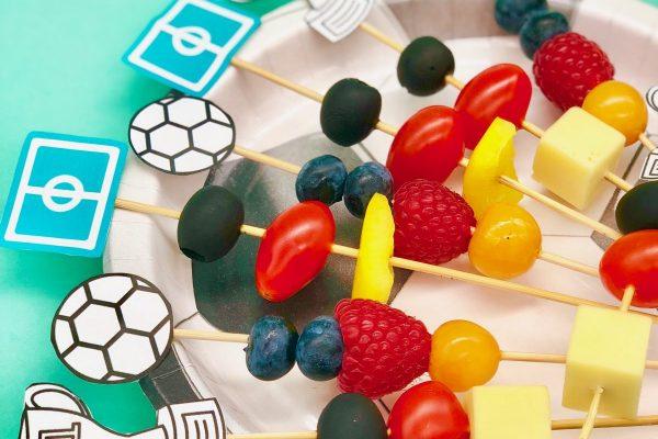 Fußball Deko & Snacks in Zusammenarbeit mit OTTO