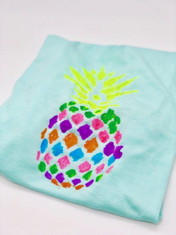 T-Shirt mit Ananas Motiv selber machen