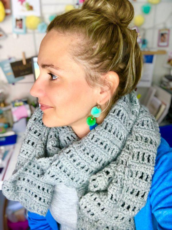 Grauen Schal häkeln - einfache Video Anleitung