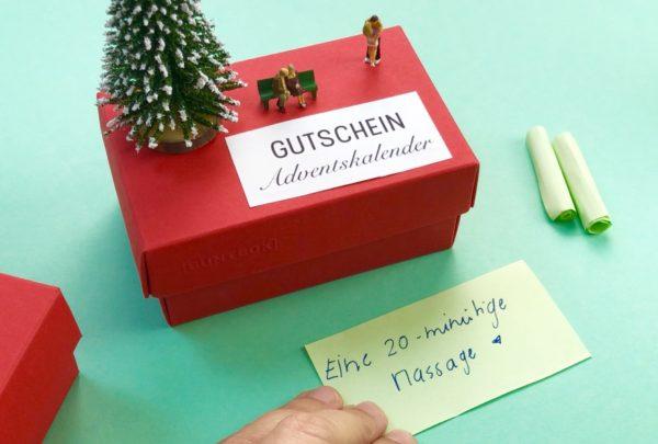 Schnell und einfach: Adventskalender mit Gutscheinen selber machen