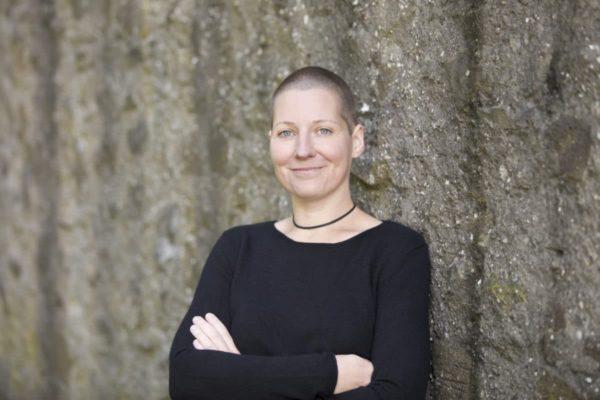 Die Autorin des Buches: Sabine Zehnder
