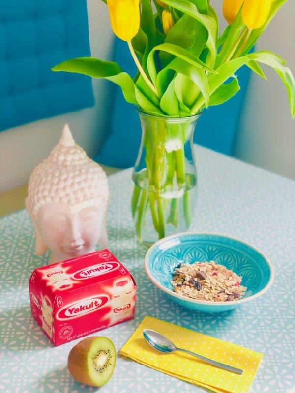 Leckere Ergänzung zum Frühstück: Milchsäurebakterien von Yakult